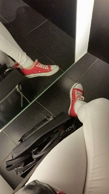Biale spodnie *.*