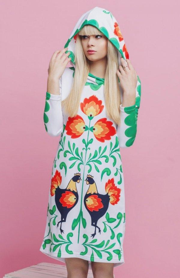 KOKO Folklore sukienka biała Rewelacyjna sukienka, z długim rękawem, wykonana z miękkiej i wygodnej tkaniny