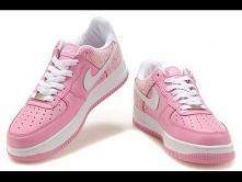 Bury damskie Nike Air Force 1. Różowe z  białym znaczkiem. Zapraszamy na sklep-air-max.pl