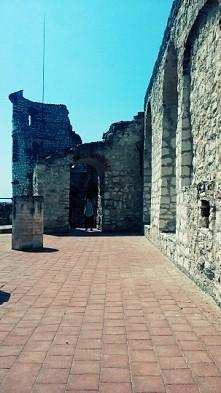 Zamek w Jerzowie...