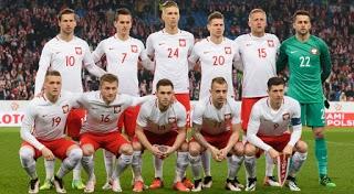 Chłopaki spisali się the best <3 Zabrakło trochę szczęścia, ale każdy z nich na pewno dał z siebie 100%, te mistrzostwa zjednoczyły całą Polskę i sprawiły że byliśmy i jesteśmy dumni z bycia Polakami. Ja osobiście podziwiam i dziękuję <3 <3 <3