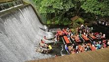 Labassin Waterfall Restaurant, Filipiny