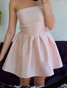 SPRZEDAM :) pastelowa śliczna sukienka rozkloszowana rozmiar M