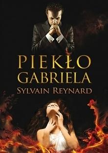 """""""Kiedy mężczyzna klęczy przed kobietą, jest to gest rycerski. Kiedy kobieta klęczy przed mężczyzną, jest to gest niestosowny. """" Sylvain Reynard – Piekło Gabriela"""
