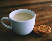 Kawa z chałwą: kliknij obrazek, aby przeczytać przepis na kawa.pl