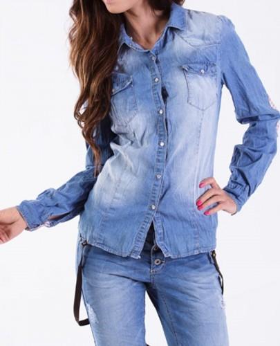 ** Włoska koszula wycierany jeans **