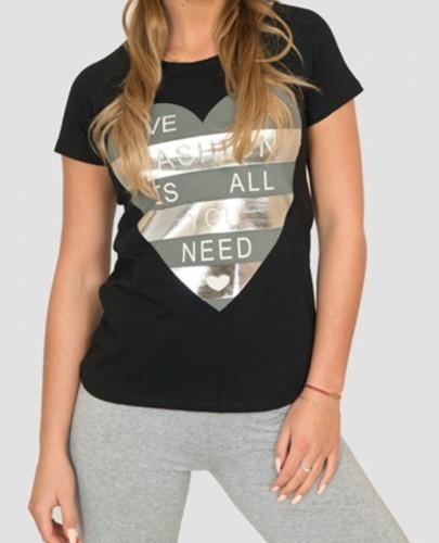 Wygodny Tshirt z sercem Love <3
