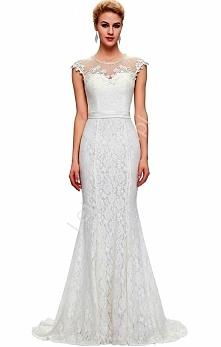 Długa biała suknia ślubna z...