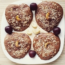 Fit śniadanie :) Dziś purpurowe ciastka, zapraszam na bloga.