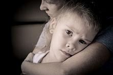 Jak nie przenosić lęków na dziecko?