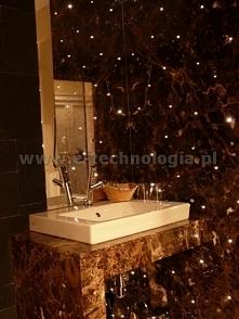 Najlepszą inspiracją na ozdoby do łazienki jest oświetlenie dekoracyjne w fugach. To pomysł na najlepszą i najpiękniejszą łazienkę. Dekoracje do łazienek tworzące piękną łazienk...