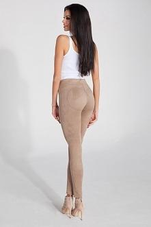 Spodnie damskie o dopasowanym kroju wykonane z eko zamszu. Bardzo wygodne i m...
