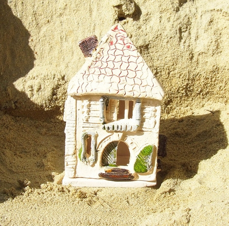 Świecznik na tealight - Piaskowy Domek 3