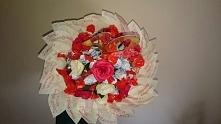 cukierkowy bukiet z listkami życzeniami :)   (widok z góry)