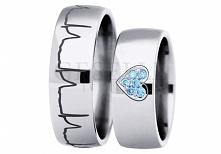 Para tytanowych obrączek ślubnych stworzona na specjalne życzenie Klientów GESELLE Jubiler - motyw EKG i brylanty w odcieniu sky blue