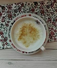 Kawa z miodem wydawała mi się dziwacznym pomysłem, aż do czasu gdy jej nie wy...