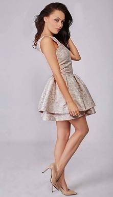 sukienka z podwójną falbaną...