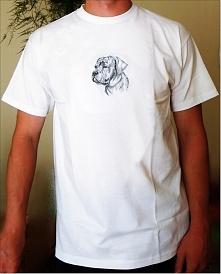 Koszulka z haftem