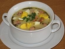 Zupa ziemniaczano-chrzanowa, za oknami ponuro, zimno i pada. Trzeba się rozgr...