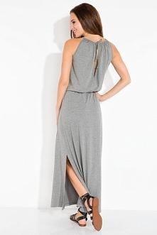 Lekka długa sukienka bez rękawków z pęknięciem na plecach. Idealna na lato.  ...