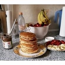 narobiło mi się tych pancake'ów :P ubielbiaaaaam, a co z tą dietą...