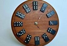zegar domino