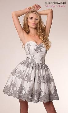 szara sukienkowo