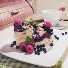 Ciasto drożdżowe z borowkami