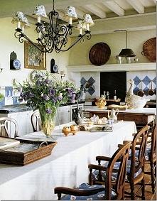 Prowansja i dekoracje w stylu prowansalskim