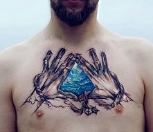 dłonie tatuaże
