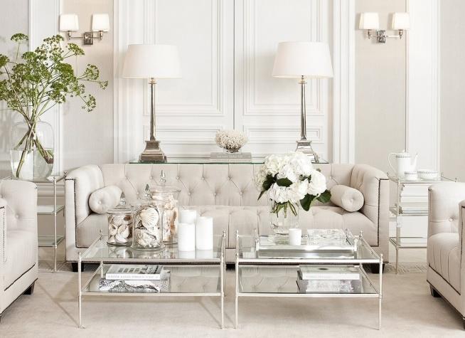 Jasny salon w stylu Modern Classic