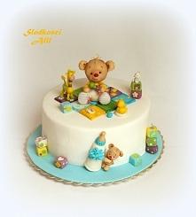 Tort z misiem Wszystkie dekoracje wykonuję sama z cukru.