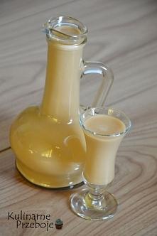 Likier mleczny 2-składnikowy z mleka skondensowanego  Składniki:  250ml wódki...