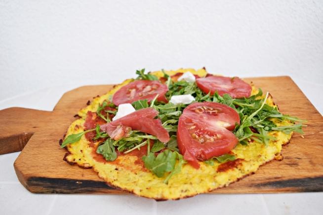 dietetyczna pizza z kalafiora <3  Przepis już na blogu!