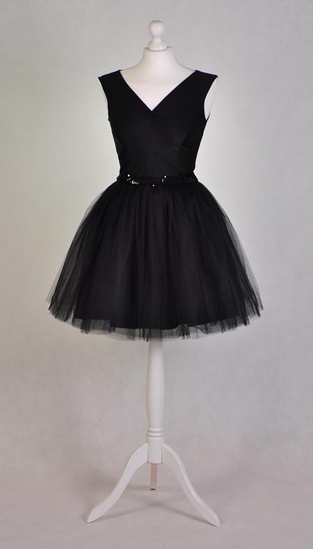 tiulowa sukienka z cekinami  :)
