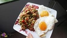 """Guacamole to wywodzący się z Meksyku sos, czyli tak zwana """"salsa"""" przyrządzany na bazie awokado.   PRZEPIS PO KLIKNIĘCIU W ZDJĘCIE!!!!!!"""