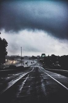 <3 <3 <3 kocham deszcz