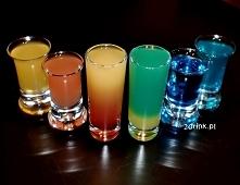 Drinki na Sylwestra: proste shoty dla kobiet /kliknij w zdjęcie/