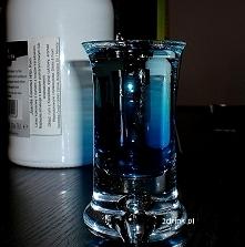 Drinki na Sylwestra: proste shoty dla facetów /kliknij w zdjęcie/