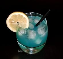 Drinki na Sylwestra: Blue Ocean /kliknij w przepis/