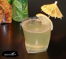 Limonka w ananasie /kliknij w zdjęcie/