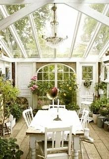 Biały ogród zimowy bez śniegu ;] zobacz jak wygląda amerykański ogród zimowy ...