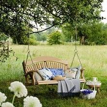 Inspirująca huśtawka w ogrodzie - zobacz jak urządzić ogród z huśtawką, gdzie...