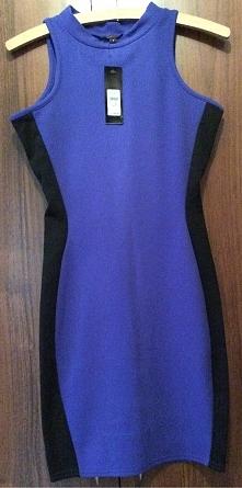 Z METKA sukienka S River Island - dopasowana, przez czarne wstawki u boku efekt wyszczuplenia