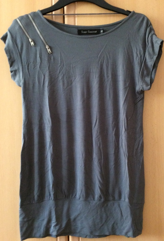 bluzka z aplikacją zamków TopSecret - na sprzedaż