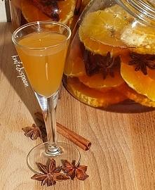 Nalewka amaretto z pomarańczą  Przepis jest banalnie prosty i musi się udać a...