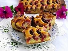 Ciasto ze śliwkami i zalewą śmietanową  ciasto kruche: 280 gramów mąki pszenn...