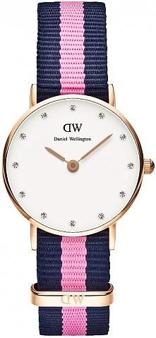 piękny, ultracienki damski zegarek Daniel Wellington z paskiem typu nato. Tarcza ozdobiona kryształkami Swarovski