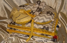 Komplecik do łóżeczka + rogal piesek