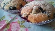 Tylko 2 z 15 wyglądają na muffinki:) ale pachną i smakują wyśmienicie.Przepis z neta,inspiracja z zszywki<3
